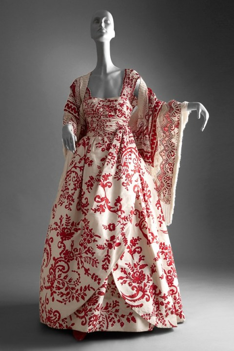 ivory-hand-painted-evening-gown