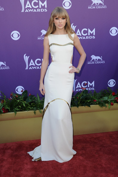 Taylor+Swift+47th-Annual-Academy-Of-Country-Music