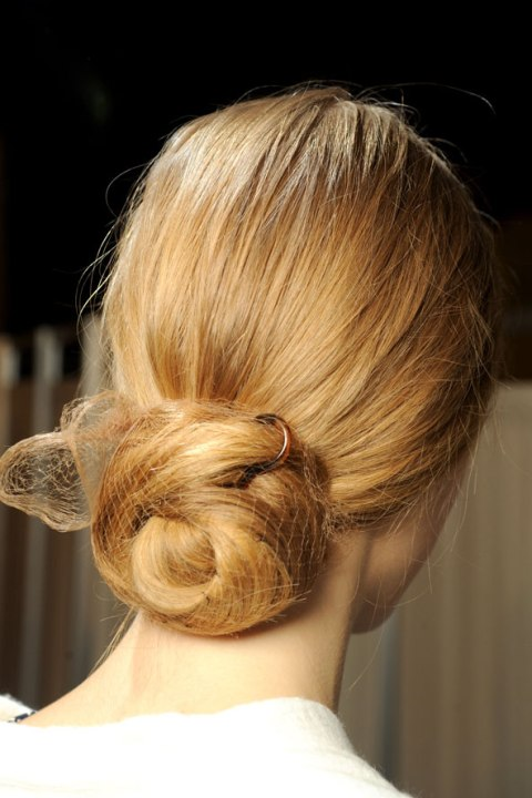 glamorous-wedding-hairstyles-with-buns-2013