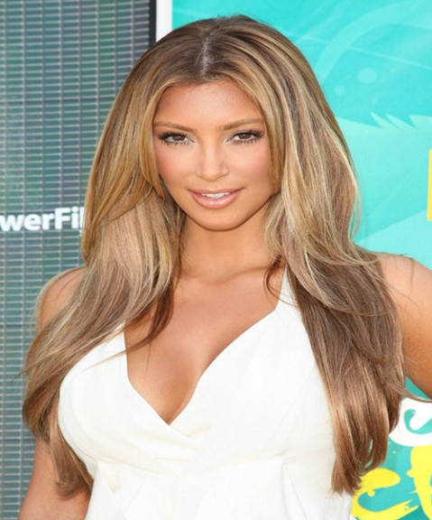 Kim_Kardashian_blonde long straight